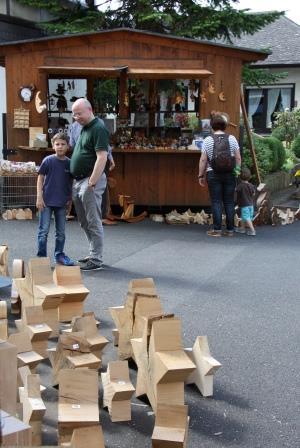 holzobjekte deko gemeinde wachtberg kulturdorf fritzdorf handwerk und